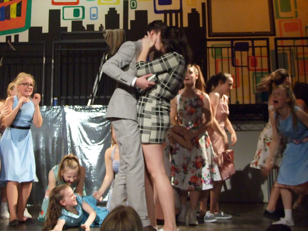 the morley academy school production - hairspray